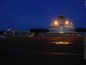 Malmi Airport on a summer night, 12 June 2002.  Photo: Seppo Sipil�